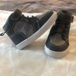 Gymboree kid sneakers